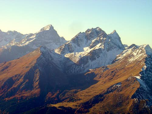 Piz Platta 3392m (left) and Piz Arblatsch 3203m (right)