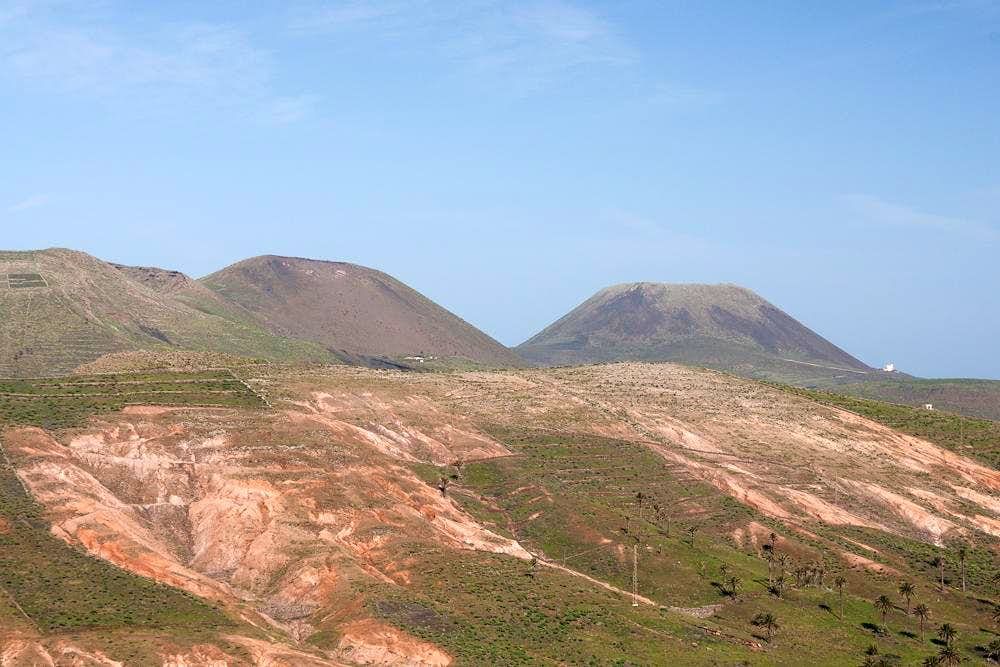 Los Helechos, Monte Corona