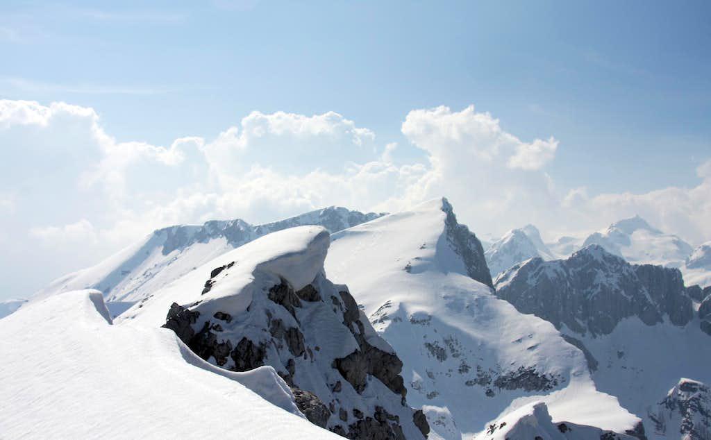 Summit panorama  from Mali Draski vrh.....