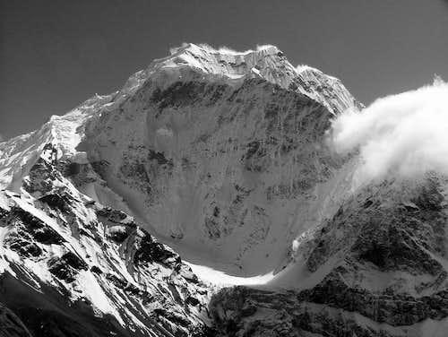 Samdo Ri Pang Poche b&w (6335m)