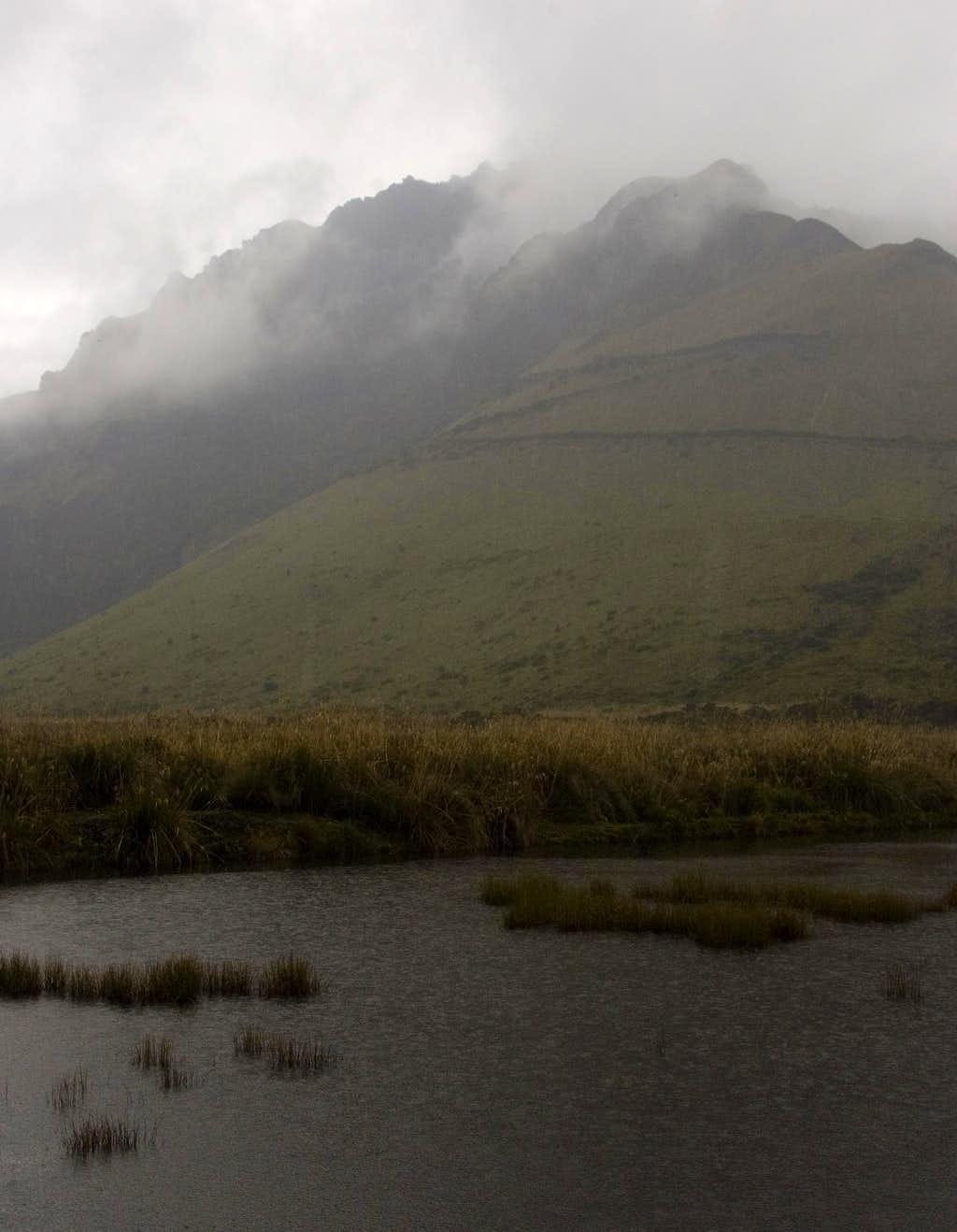 Storm puddle, Mojanda