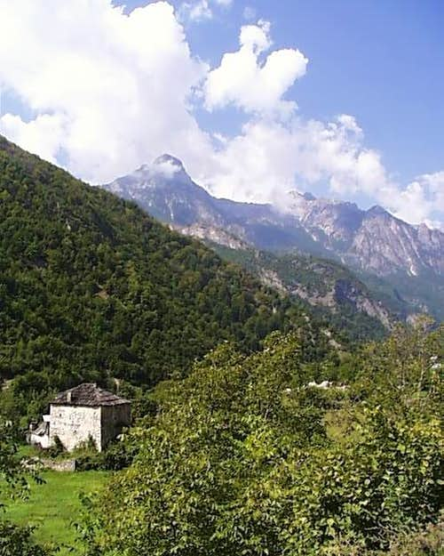 Kulla in Dragobi, Valbona Gorge