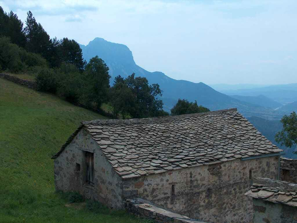 Hut in Tella, village overlooking the Gargantas de Escuaín, Spannish Pirenees.