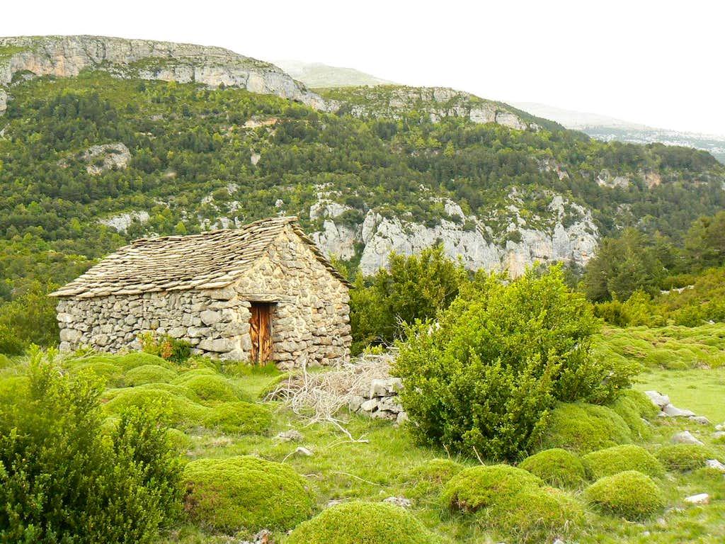 Hut in the Gargantas de Escuaín, Spannish Pirenees.