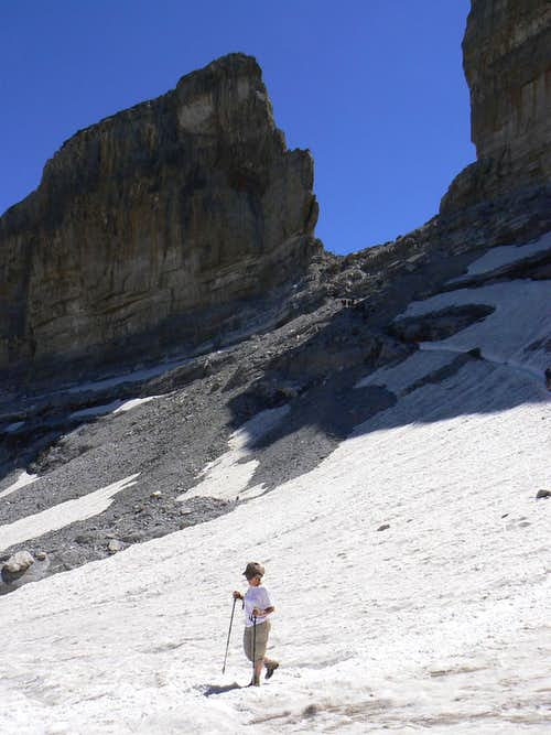 Climbing from the Sarradets hut to the Roland Breach