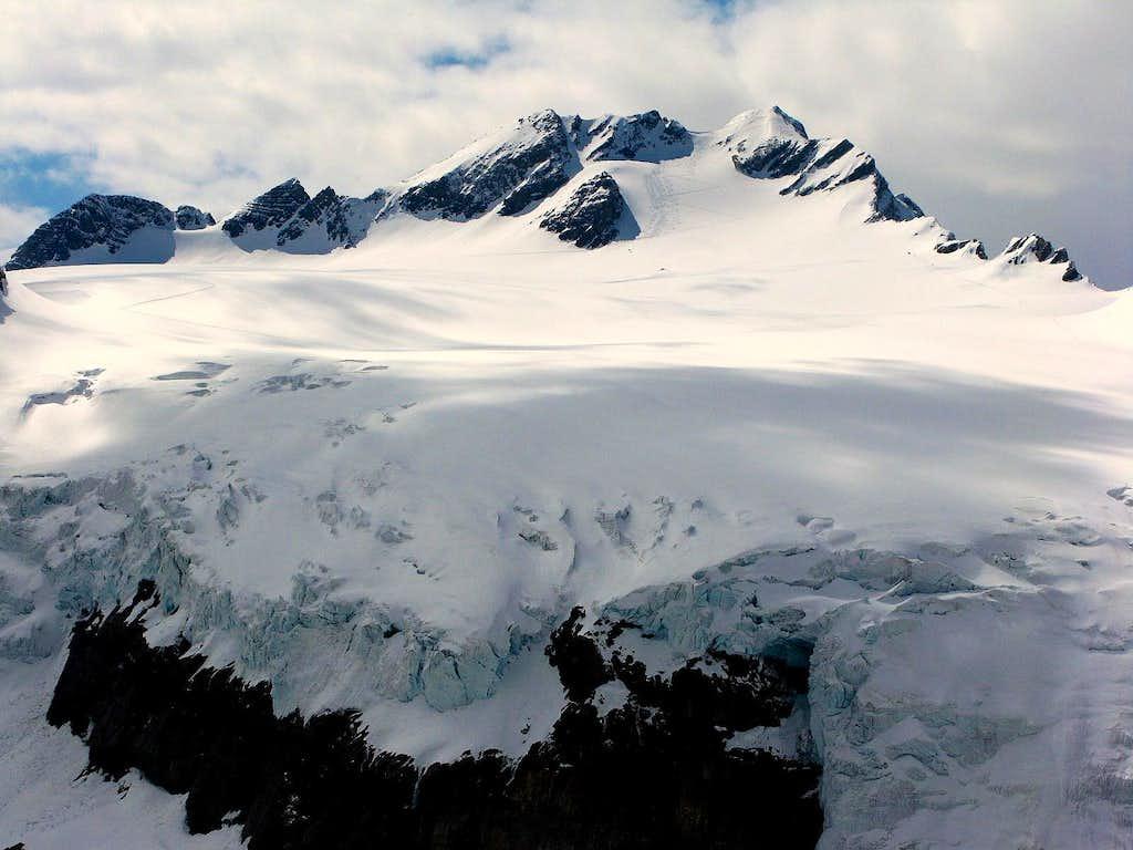 Clariden 3267m and Clariden glacier