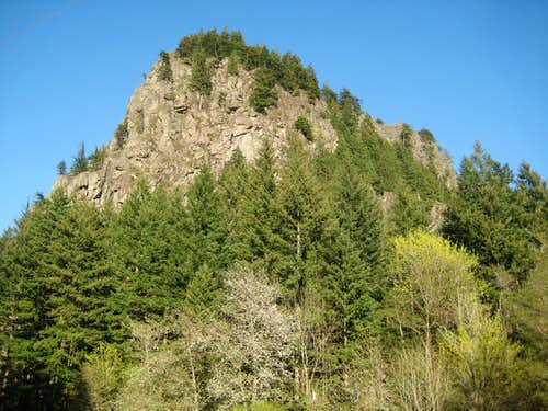 Beacon Rock\'s west side