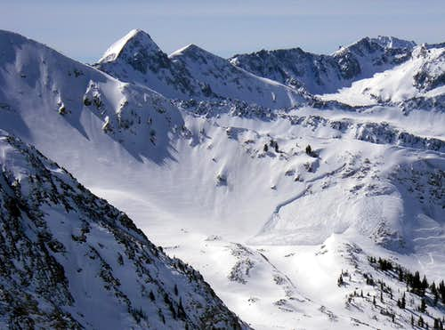 A large avalanche just off Temptation Ridge