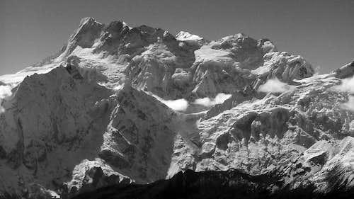 Himal Chuli (7893m) b&w