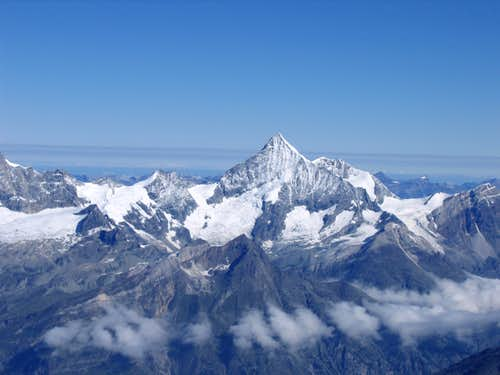 Beautiful pyramide of Weisshorn