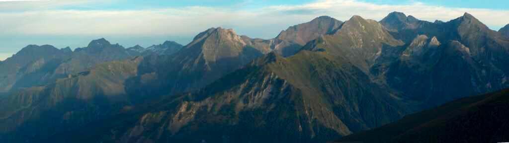 Evening panorama from Col de Portet