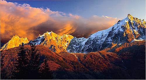 Aiguilles de Chamonix, with Aiguille du Midi