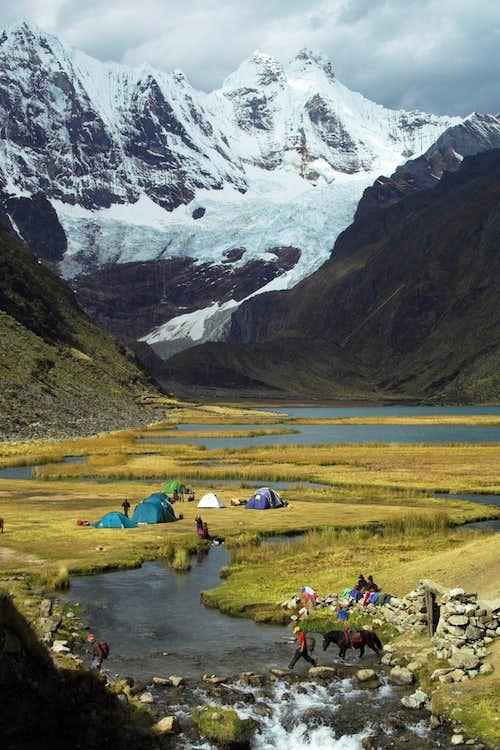 Jahuacocha campsite.