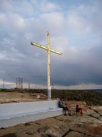 Table Rock summit cross