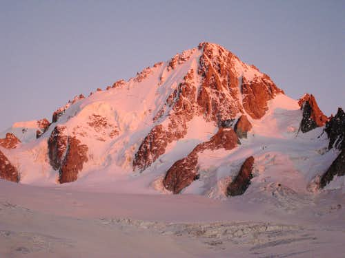Sunset on Aiguille du Chardonnet