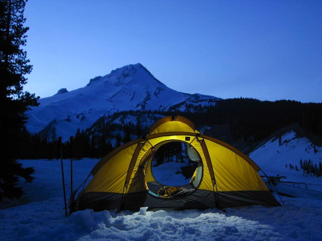 Night-Time Snow Camp, Mt. Hood : Photos, Diagrams & Topos ...