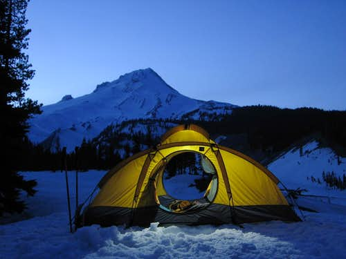 Night–Time Snow Camp, Mt. Hood