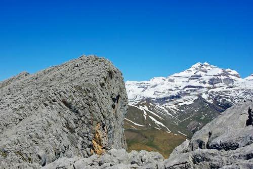Castillo Mayor and Mt Perdido