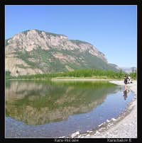 Kara-Hol lake