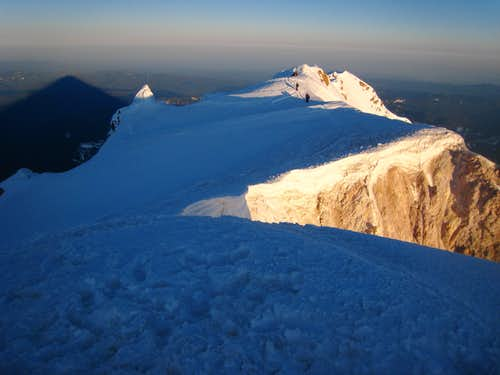 Summit Ridge Sunrise Hood 2009