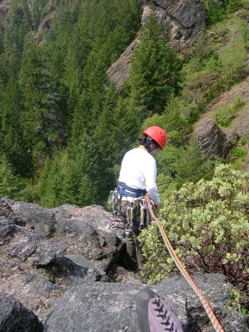 Shirley setting up the rappel...