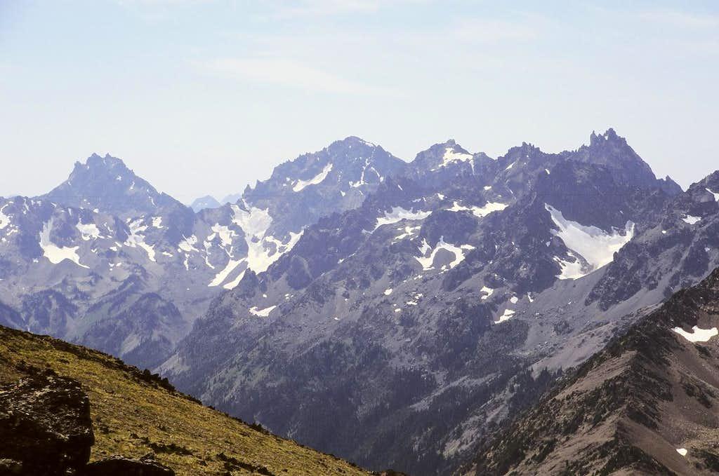 Peaks near Royal Basin from Gray Wolf Ridge