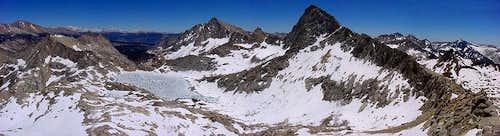 Sawtoth Pass vista