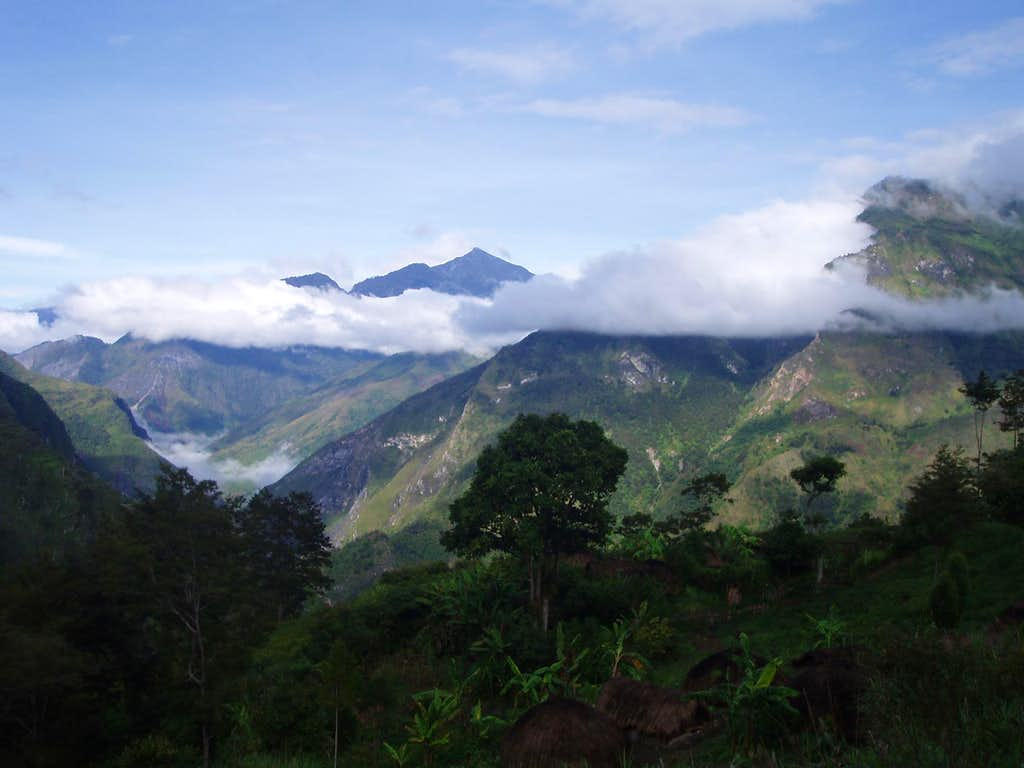 Wamena Mountain Ranges-West Papua
