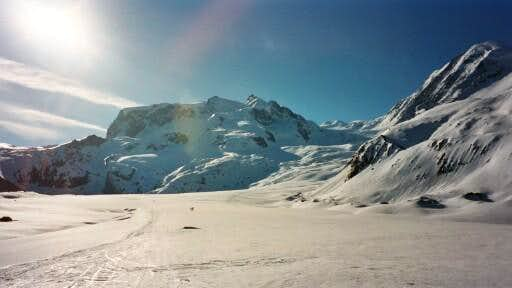 Monte Rosa with Nordend (left...