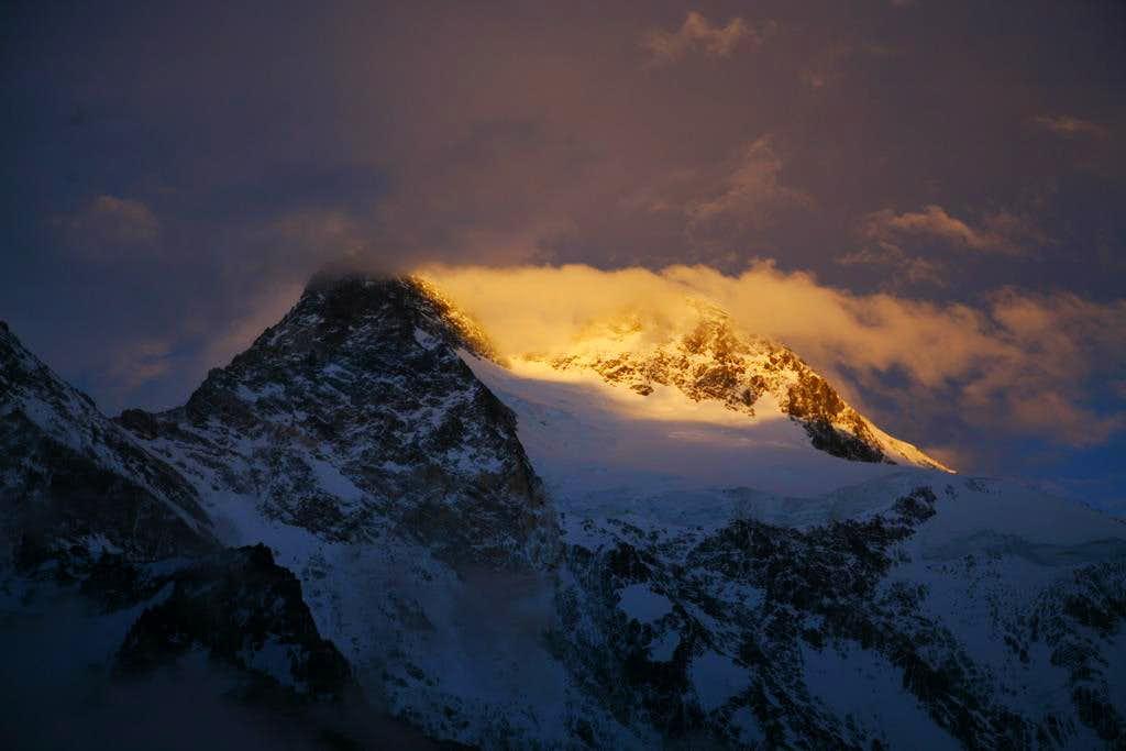 Broad Peak in the Morning