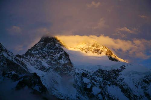 Broad Peak in the Morning