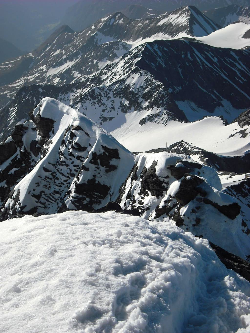 View from Grossglockner summit to Kleinglockner ridge