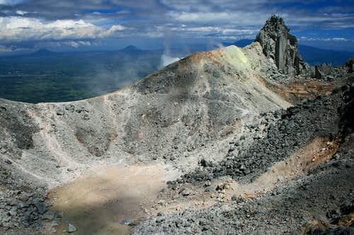 Gunung Sinabung's summit crater