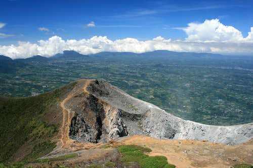View from Gunung Sinabung\'s summit