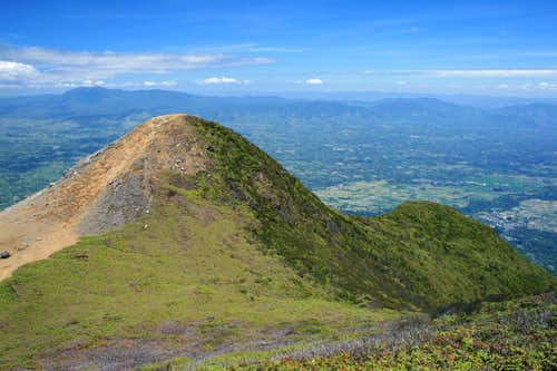 View SW from Gunung Sinabung\'s summit