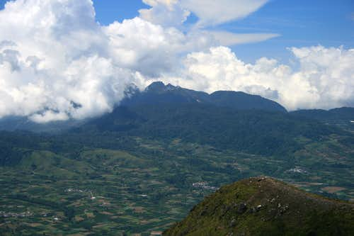 View to Gunung Sibayak from Gunung Sinabung\'s summit