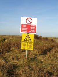 Castlemartin Range Warning Sign