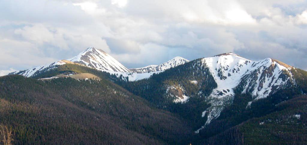 Byers, Bills, Bottle and Ptarmigan Peaks