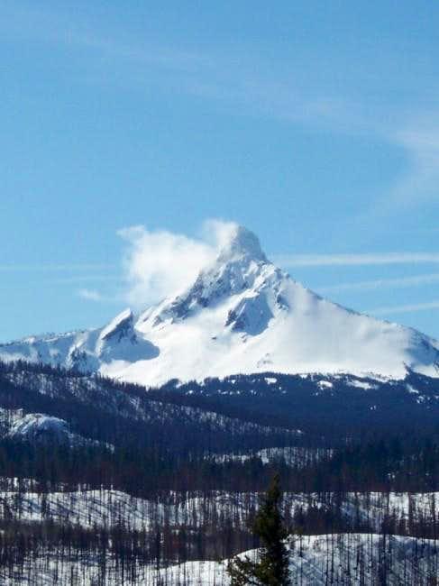 Mt Washington from Santiam...