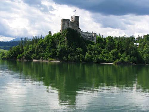 Niedzica Castle and cloudy Tatras