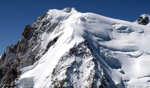 Views of Mont Blanc du Tacul