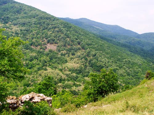 The hills above the valley called Vár-völgy (Mátra)