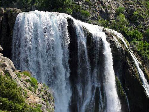 Topoljski Buk waterfall