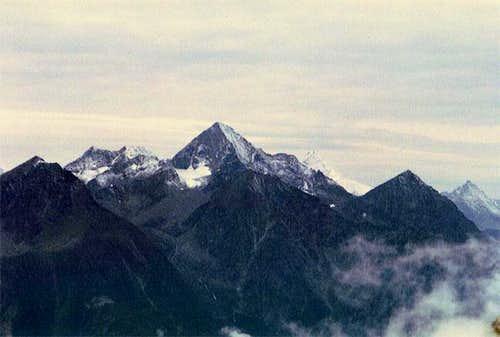 Summit view Becca d'Aver:...