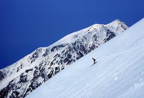 Skiing down from the W ridge of Vrtaca