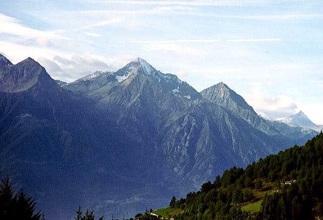 Monte Emilius (3559m), Becca...