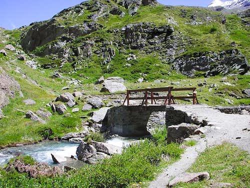 The little bridge Pikaciù...