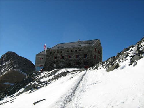 Britannia hut - almost there