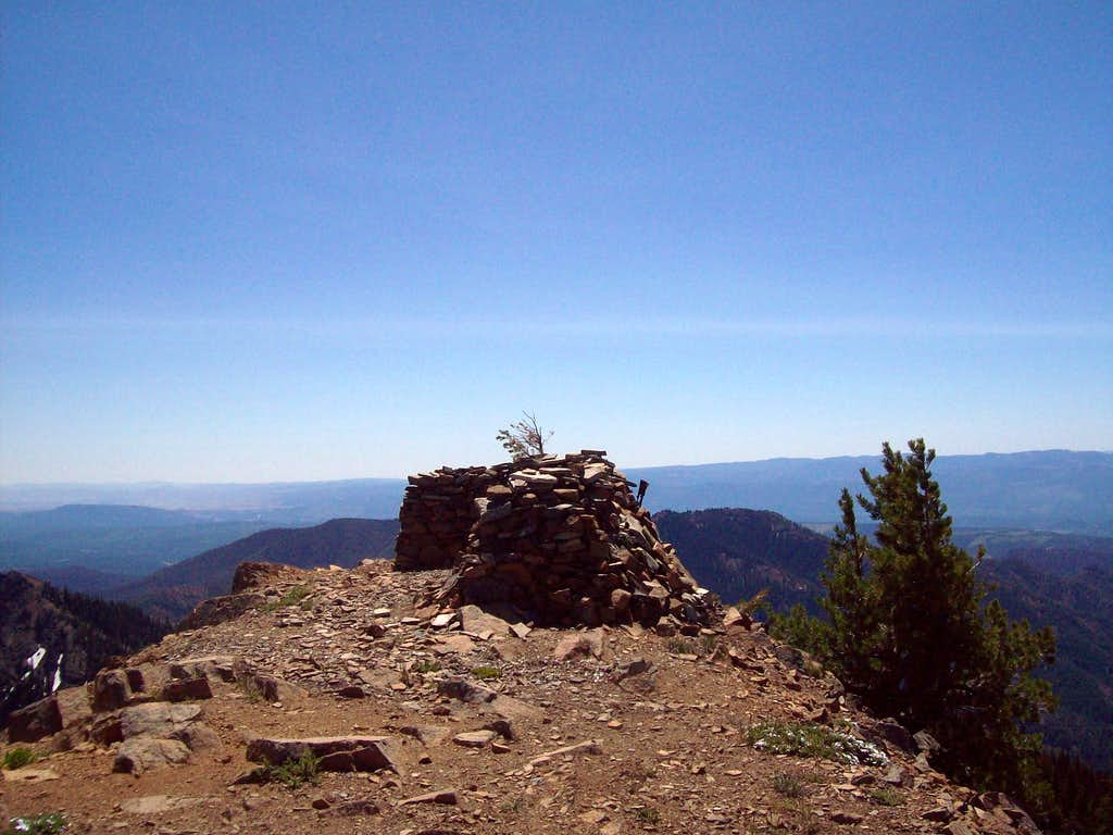 The lookout tower on Jolly Mountain