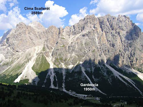 Cima Scalieret seen from Cigolade pass